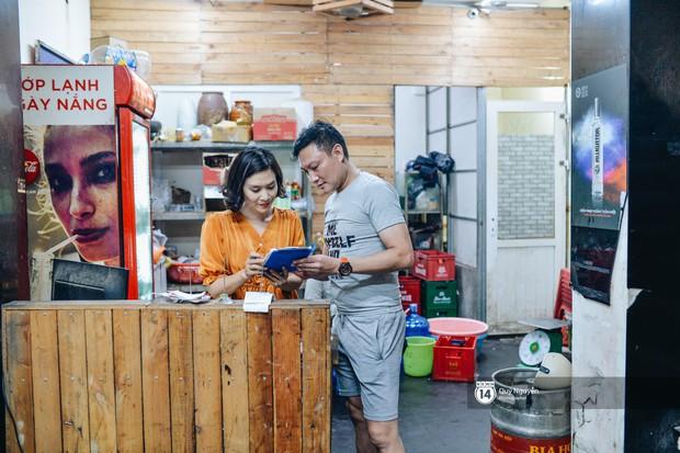 Cuộc sống hiện tại của Nguyệt trong Phía trước là bầu trời: Sáng đi dạy múa, tối về làm chủ quán bia - Ảnh 10.