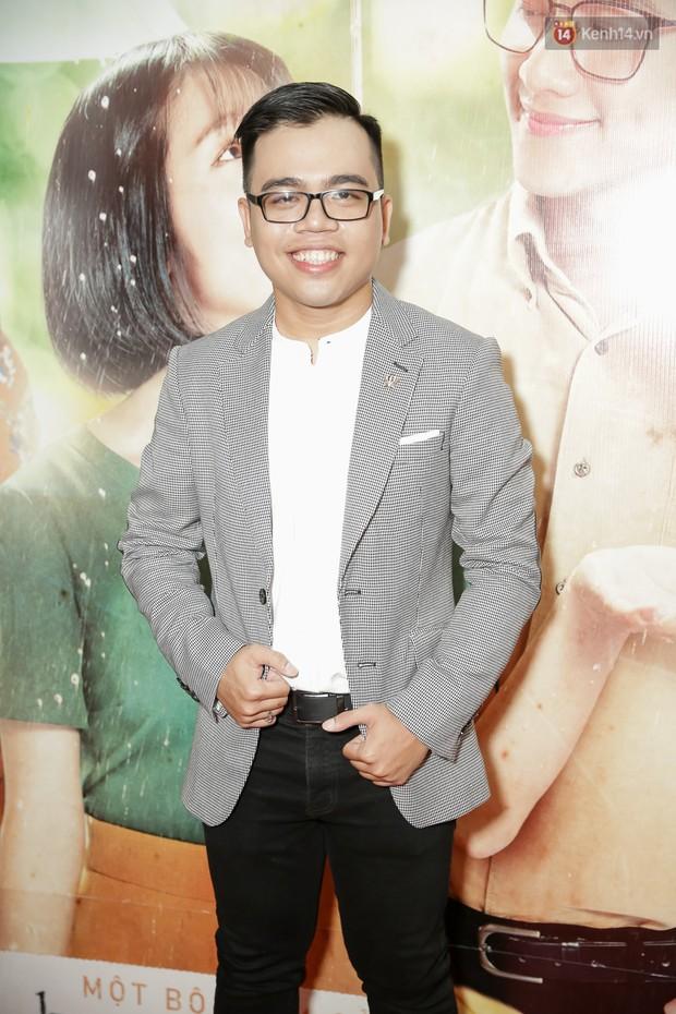 Trang Hý mặc đồ như quý bà sang chảnh, nổi bần bật giữa dàn diễn viên Em Gái Mưa - Ảnh 11.