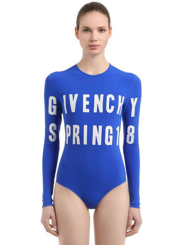 Kỳ Duyên mặc đồ bơi đẹp đến nỗi hội người mê Givenchy toàn thế giới phải lăng xê trên Instagram - Ảnh 4.