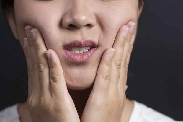 7 triệu chứng thường gặp của bệnh ung thư miệng mà nhiều người hay nhầm lẫn - Ảnh 6.