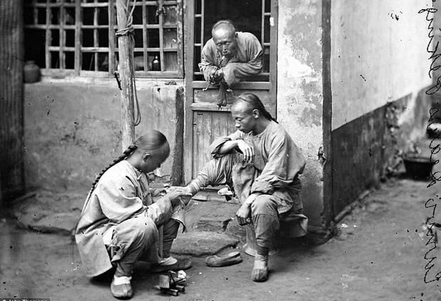 Bậc thầy đầu tiên của nghệ thuật chụp ảnh du lịch và những bức ảnh khắc họa vẻ đẹp châu Á từ cách đây 150 năm - Ảnh 18.