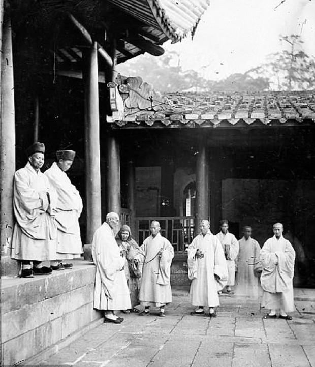 Bậc thầy đầu tiên của nghệ thuật chụp ảnh du lịch và những bức ảnh khắc họa vẻ đẹp châu Á từ cách đây 150 năm - Ảnh 5.