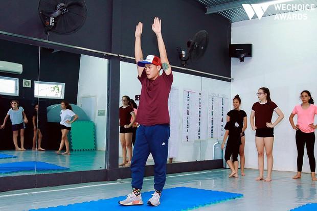 John Huy Trần và hành trình bền bỉ với đam mê và tình yêu với múa: Hãy cứ nghe những gì trái tim mách bảo! - Ảnh 3.