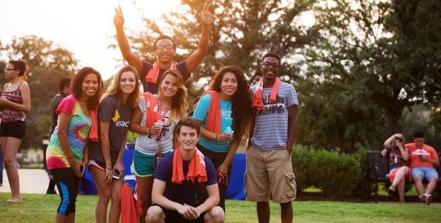 Bảng xếp hạng top 100 trường đại học danh tiếng nhất thế giới, Harvard giữ vững vị trí số 1, Đông Nam Á chỉ có Singapore lọt top - Ảnh 3.