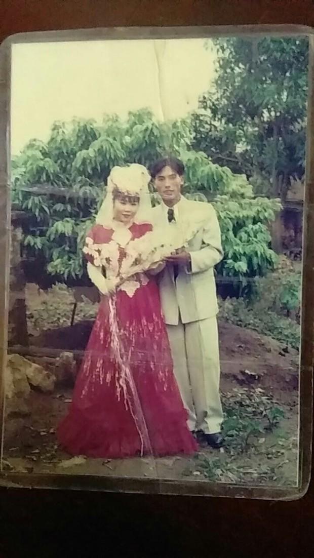 Cư dân mạng rủ nhau khoe ảnh cưới của bố mẹ ngày xưa: cô dâu cực xinh còn chú rể phong độ ngút trời - Ảnh 7.