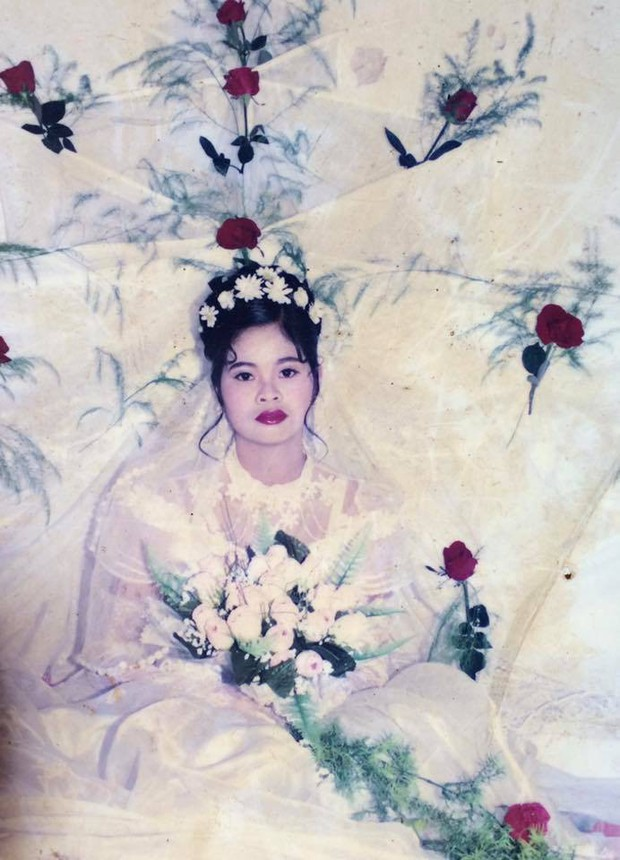 Cư dân mạng rủ nhau khoe ảnh cưới của bố mẹ ngày xưa: cô dâu cực xinh còn chú rể phong độ ngút trời - Ảnh 13.
