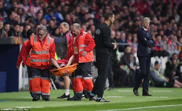 Arsenal chia tay Europa League, kết thúc mùa giải thảm họa của HLV Wenger - Ảnh 7.