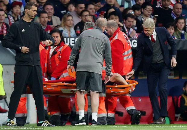 Arsenal chia tay Europa League, kết thúc mùa giải thảm họa của HLV Wenger - Ảnh 8.
