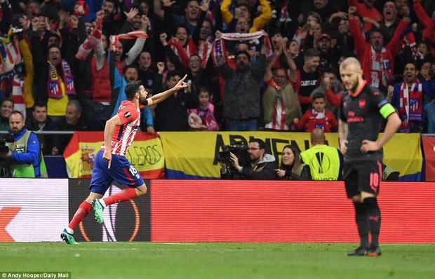 Arsenal chia tay Europa League, kết thúc mùa giải thảm họa của HLV Wenger - Ảnh 12.