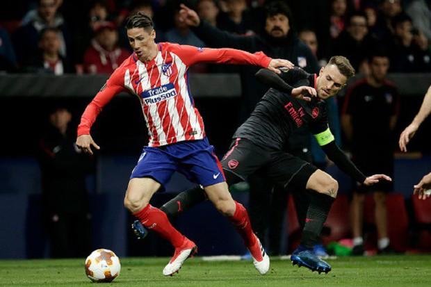 Arsenal chia tay Europa League, kết thúc mùa giải thảm họa của HLV Wenger - Ảnh 18.