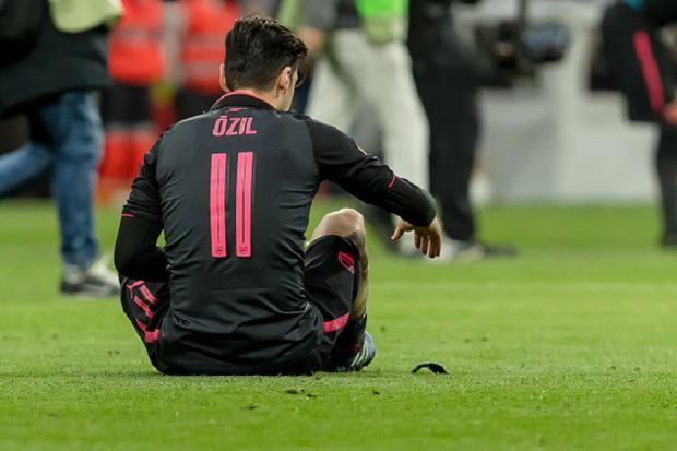 Arsenal chia tay Europa League, kết thúc mùa giải thảm họa của HLV Wenger - Ảnh 20.