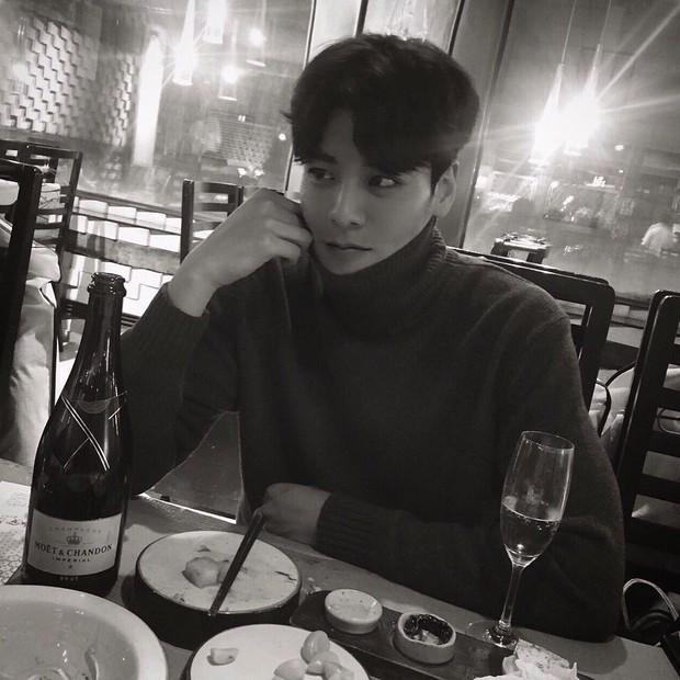 Chàng gia sư đẹp trai khiến chị em đổ rầm rầm, được ví như tiêu chuẩn bạn trai hoàn hảo mới tại Hàn Quốc - Ảnh 6.