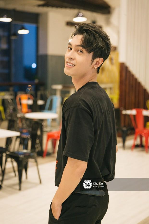 Công Dương trổ tài hát tiếng Thái để tỏ tình với bạn gái - Ảnh 10.
