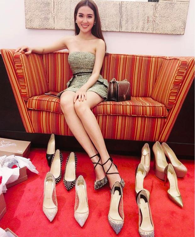 Cứ nói mãi về Ngọc Trinh hay Hà Hồ, ai ngờ showbiz Việt còn có người đẹp này cũng là tay chơi hàng hiệu đáng gờm - Ảnh 5.