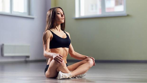 Học ngay bí kíp giúp bạn tránh tăng cân do stress gây ra - Ảnh 3.