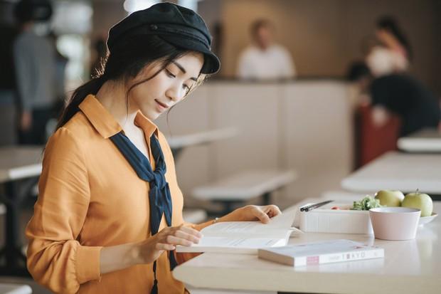 Hết lòng với phi công trẻ, Hòa Minzy vẫn nhận cái kết đắng cho mối tình chị em - Ảnh 8.