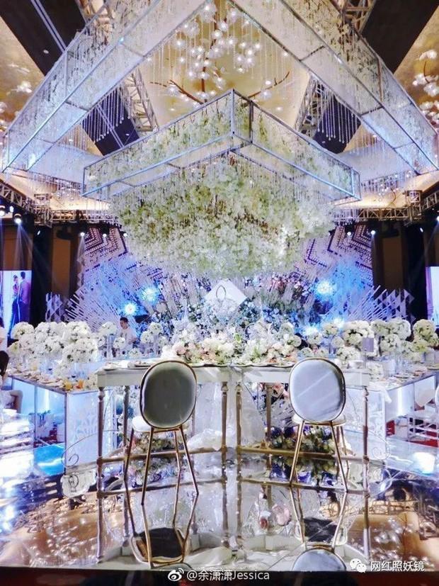 Những đám cưới cổ tích của dàn hot girl vạn người mê từng nổi đình nổi đám khắp Trung Quốc - Ảnh 13.