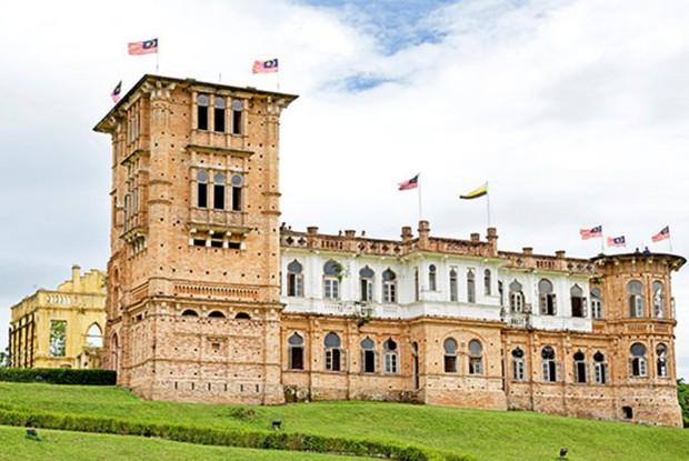 5 lâu đài tình ái nổi tiếng thế giới: Kiệt tác kiến trúc thứ 3 khiến ai cũng muốn ghé thăm một lần trong đời - Ảnh 4.