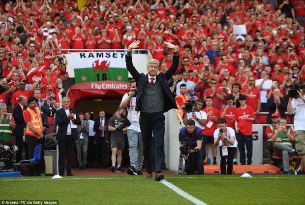 Ngày Wenger chia tay Emirates, Arsenal đại thắng 5-0 - Ảnh 3.