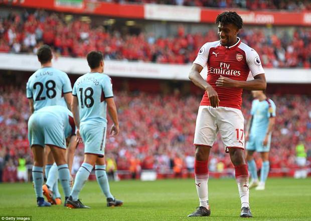 Ngày Wenger chia tay Emirates, Arsenal đại thắng 5-0 - Ảnh 9.