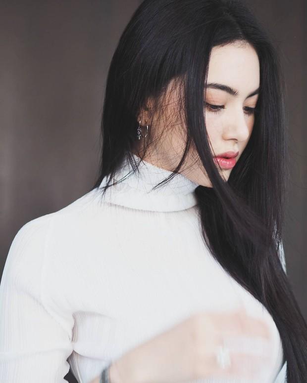 Nàng thơ trong MV Chạy ngay đi! của Sơn Tùng M-TP: Nhan sắc của Mai Davika có thể khiến bạn ngẩn ngơ! - Ảnh 28.