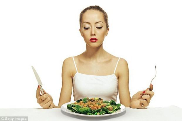 Tất cả những gì cần biết về Orthorexia - chứng rối loạn ăn uống đang ngày càng nhiều người mắc phải - Ảnh 2.