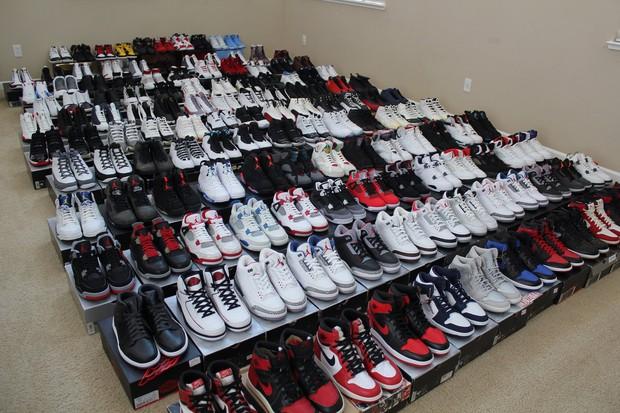 Nhóm thanh niên đi trấn lột giày Air Jordan nghìn đô, đến khi đem bán thì phát hiện ra hàng nhái giá bằng một phần mười - Ảnh 1.