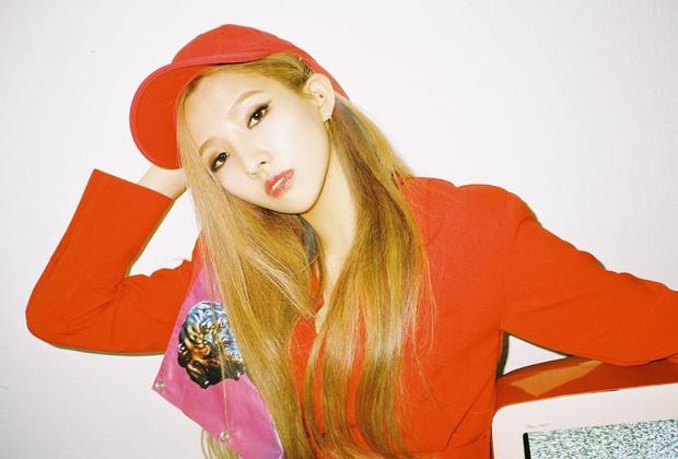 Sau màn push lộ liễu, cô nàng nổi bật nhất girlgroup mới nhà Cube được ví như phiên bản trẻ của CL - Ảnh 6.
