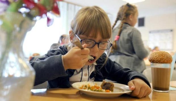 Bữa cơm trưa của lũ con nít vòng quanh thế giới - Ảnh 11.