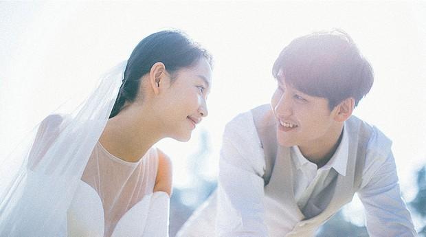 Thêm một bộ ảnh cưới đơn giản mà đẹp: Không cần gì cầu kì bởi tình yêu chính là thứ tỏa sáng nhất! - Ảnh 7.