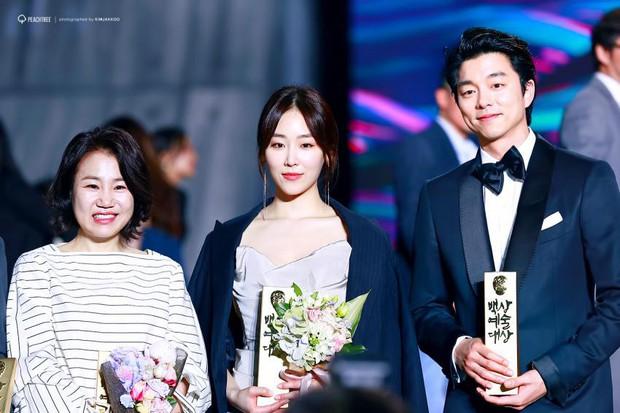 Nhờ Baeksang, một cặp diễn viên tuyệt đẹp xứ Hàn đang được fan khắp nơi ghép đôi điên đảo - Ảnh 14.