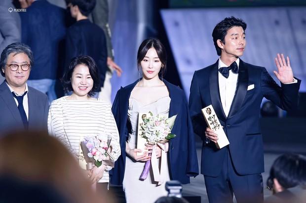 Nhờ Baeksang, một cặp diễn viên tuyệt đẹp xứ Hàn đang được fan khắp nơi ghép đôi điên đảo - Ảnh 15.
