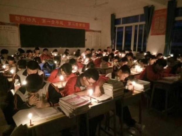 Thắp nến ôn thi ngày đêm, học sinh Trung Quốc đang đánh vật với kỳ thi đại học khốc liệt nhất thế giới - Ảnh 6.