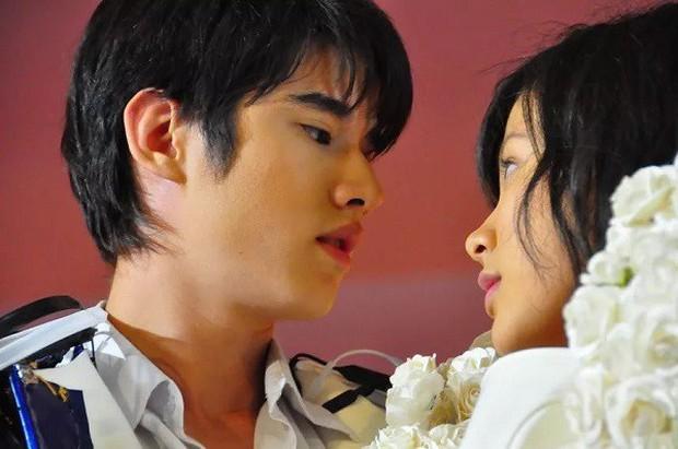 """Siêu phẩm Thái """"A Little Thing Called Love"""" có bản """"Made in China"""", phản ứng của cư dân mạng ra sao? - Ảnh 4."""