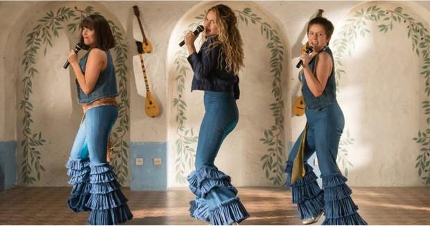 Hậu truyện Mamma Mia tung trailer cuối cùng: Chị đẹp có là gì khi chúng ta có Cher - bà ngầu gấp bội! - Ảnh 5.