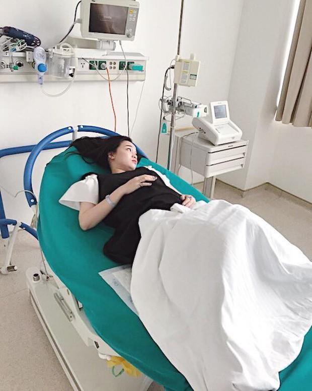 Hot mom Ngọc Mon vừa sinh con gái thứ 2, nặng 3,5kg - Ảnh 2.