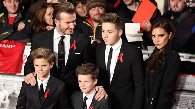 Nổi tiếng, giàu có nhưng cặp vợ chồng Victoria - Beckham vẫn có những nguyên tắc dạy con khắt khe đến kinh ngạc - Ảnh 11.