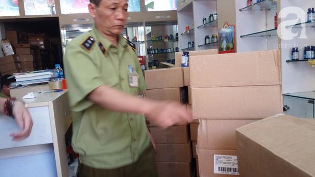 Hà Nội: Đột nhập kho hàng mỹ phẩm không chứng từ, phát hiện 5000 sản phẩm thực phẩm chức năng hết hạn - Ảnh 8.