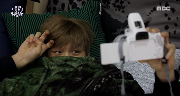 Hóa ra Center Quốc dân Kang Daniel lúc ngủ cũng nghiến răng, ngáy và cười vô thức! - Ảnh 4.