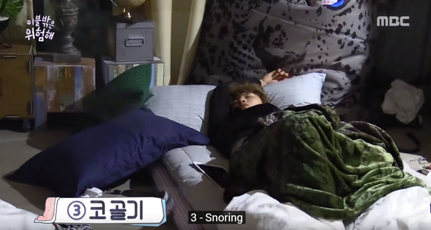 Hóa ra Center Quốc dân Kang Daniel lúc ngủ cũng nghiến răng, ngáy và cười vô thức! - Ảnh 7.