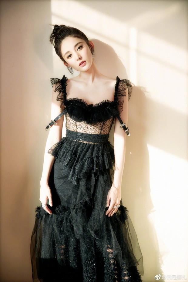Không phải Angela Baby hay Dương Mịch, đây mới là mỹ nhân khiến netizen xao xuyến nhiều ngày qua - Ảnh 11.
