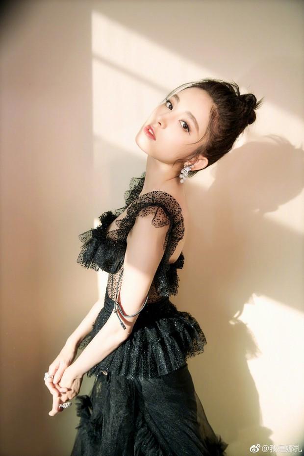 Không phải Angela Baby hay Dương Mịch, đây mới là mỹ nhân khiến netizen xao xuyến nhiều ngày qua - Ảnh 13.