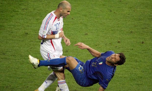 World Cup 2006: Cú thiết đầu công lịch sử chấm dứt sự nghiệp của Zidane - Ảnh 1.