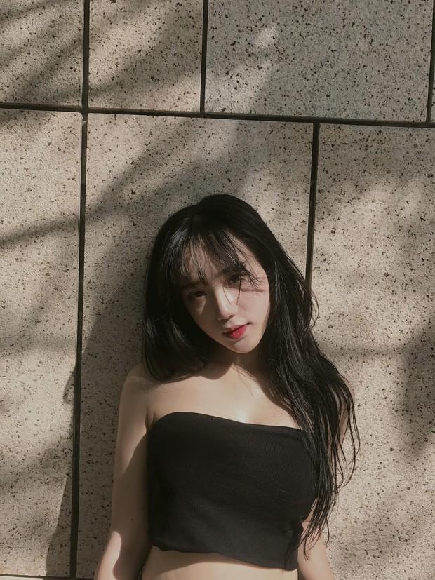 Hot girl ảnh thẻ thế hệ 10X: Mặt xinh không góc chết, làm mẫu chụp lookbook kiếm được 20 triệu/tháng - Ảnh 9.