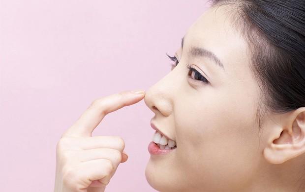 6 dấu hiệu nhận biết bệnh ung thư mũi xoang mà bạn không nên xem thường - Ảnh 6.