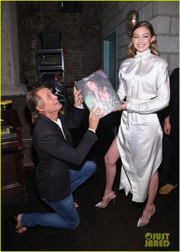 Đẳng cấp Gigi Hadid và dàn thiên thần Victorias Secret: Bị chụp ảnh ở góc dìm hàng vẫn đẹp xuất sắc - Ảnh 4.