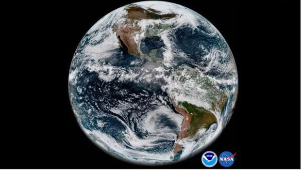 Đang gặp sự cố phần cứng nhưng vệ tinh thời tiết cao cấp nhất của Mỹ vẫn có thể chụp lại hình ảnh Trái Đất đẹp đến ngỡ ngàng - Ảnh 2.