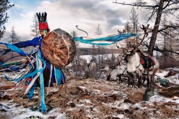 Cuộc sống của tộc người nuôi tuần lộc ở Mông Cổ - Ảnh 5.