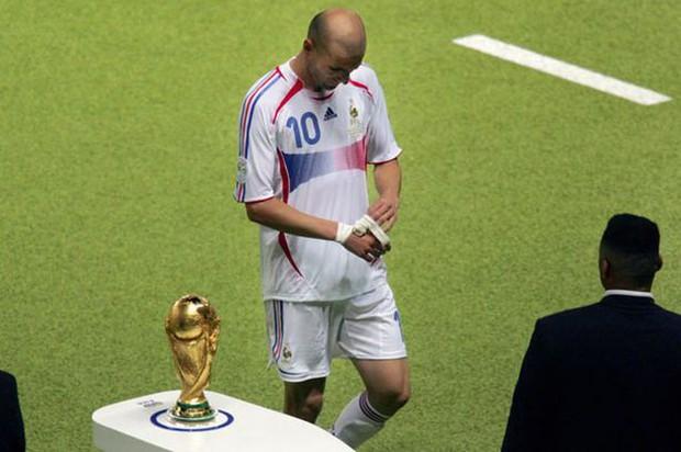 World Cup 2006: Cú thiết đầu công lịch sử chấm dứt sự nghiệp của Zidane - Ảnh 3.