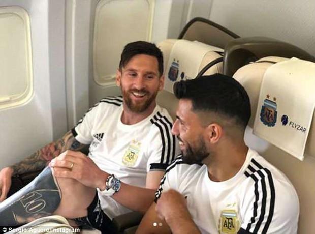 Sau Ronaldo, Messi và đồng đội cũng đã đặt chân tới Nga - Ảnh 4.